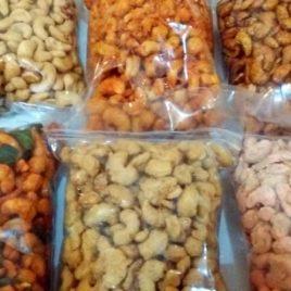Kacang Mede – by Kartika Febriyanti